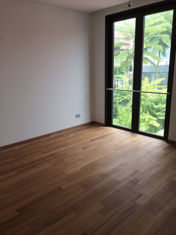 Natural light in one of the 6 Ensuites Bedroom in Sennett Estate Landed property Singapore.